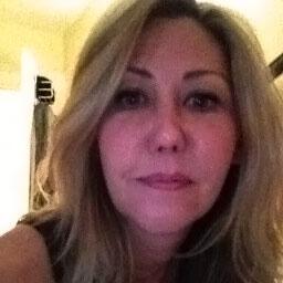 Mia Taylor Writer